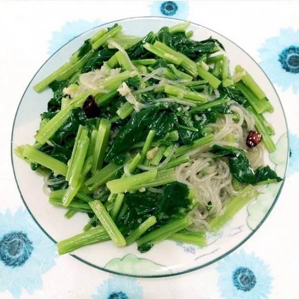 菠菜拌粉条