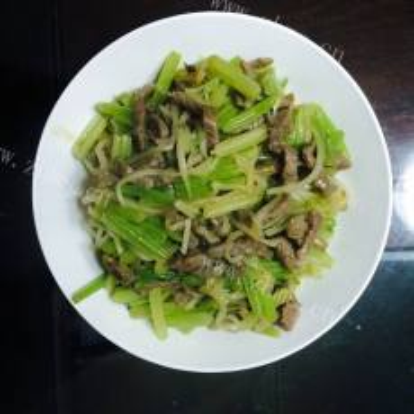 牛肉炒芹菜