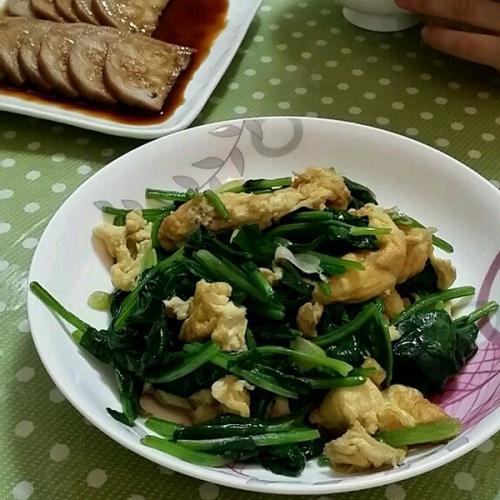 【DIY】菠菜炒鸡蛋