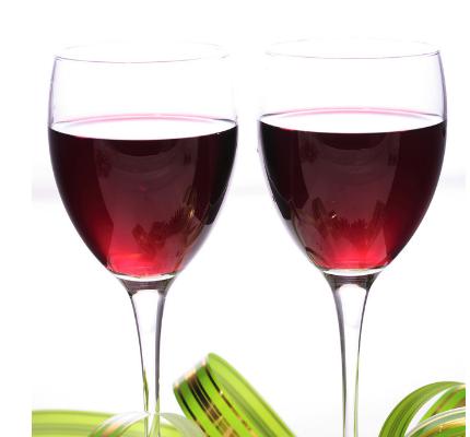 家常的自酿葡萄酒