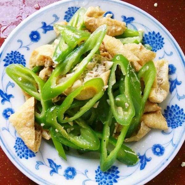 辣椒炒豆腐
