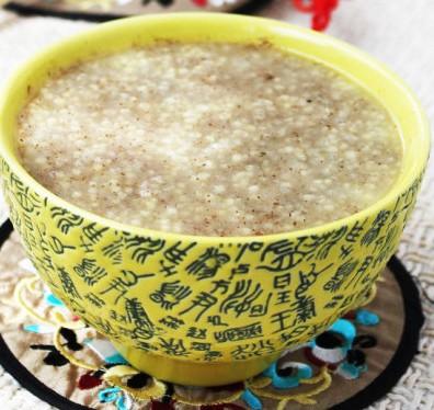 枣仁粉小米粥