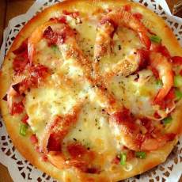 鲜虾培根披萨