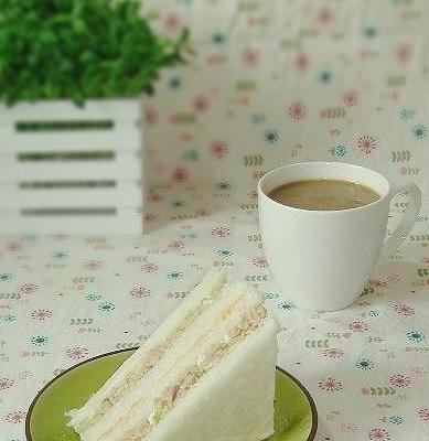 鲔鱼三明治&鲔鱼饭团