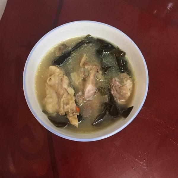 筒骨海带汤
