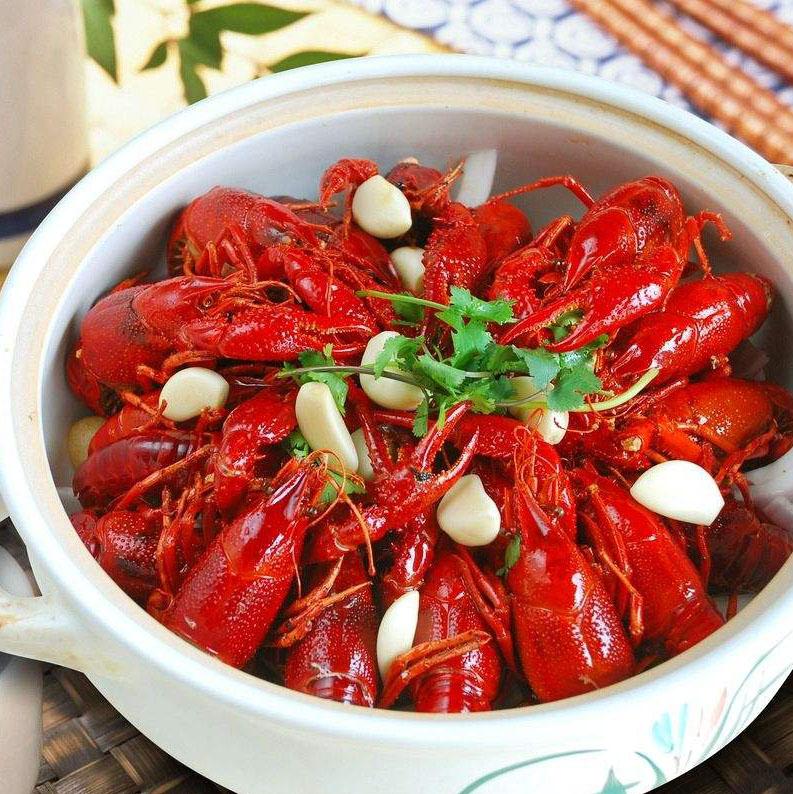 夏天大排档——麻辣小龙虾