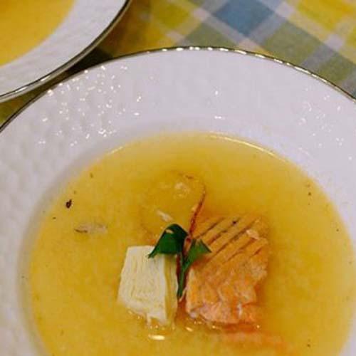 三文鱼味噌汤