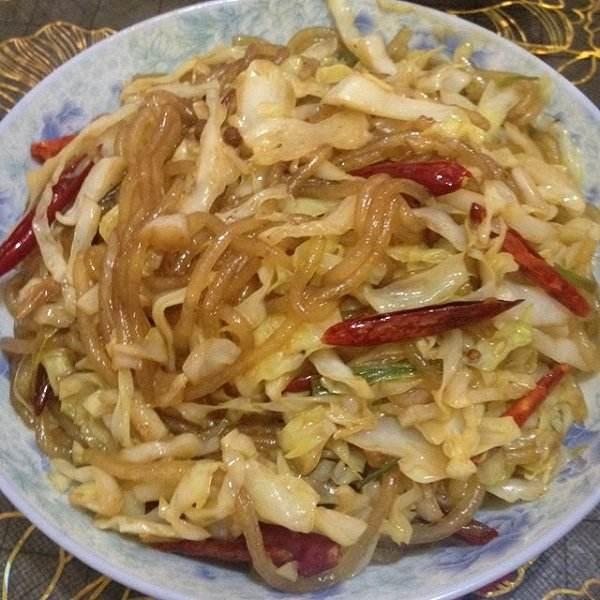圆白菜炒粉条