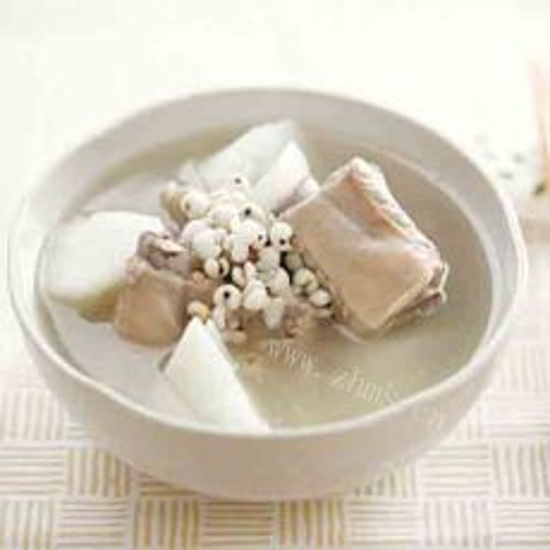 健脾的山药薏米排骨汤