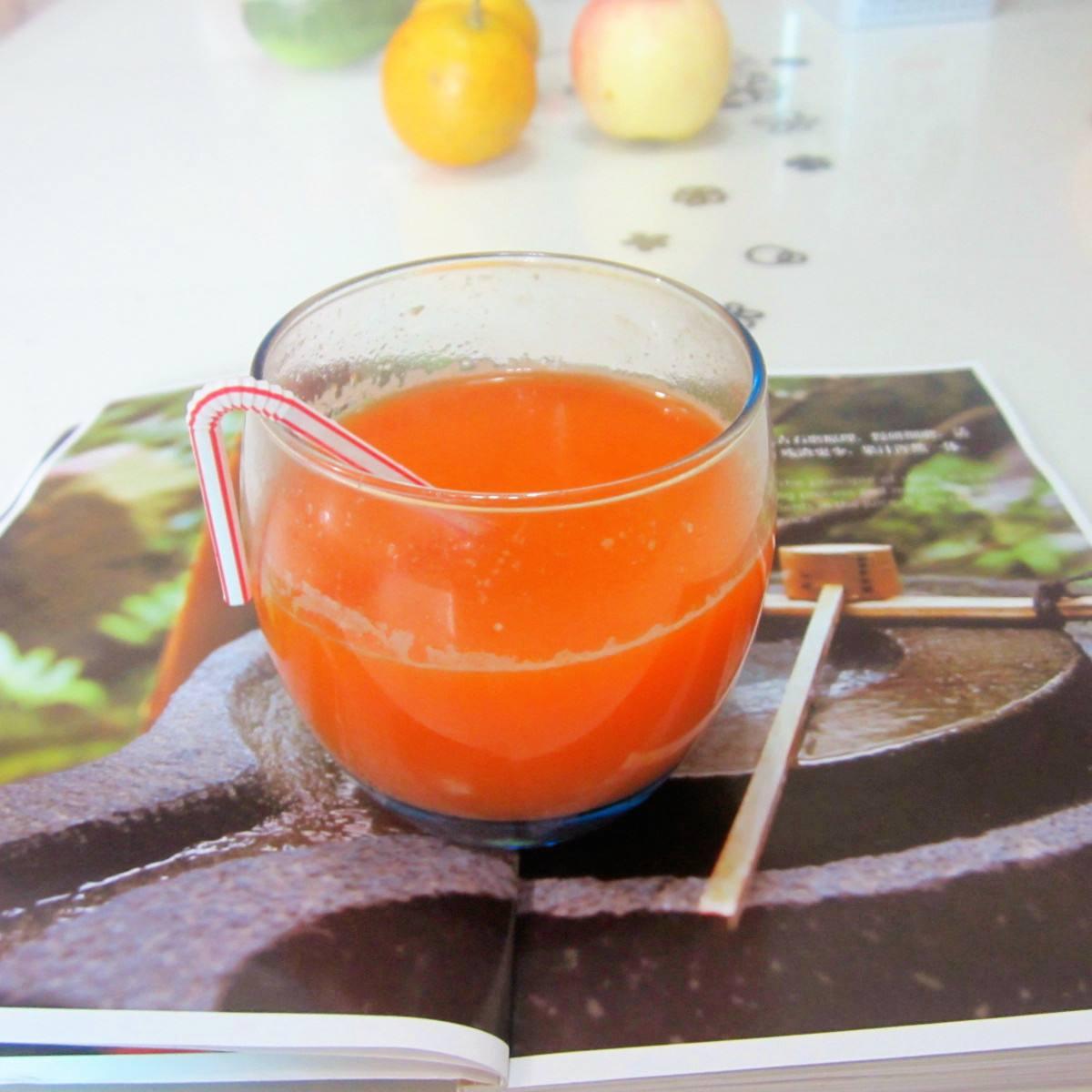 清爽红萝卜汁
