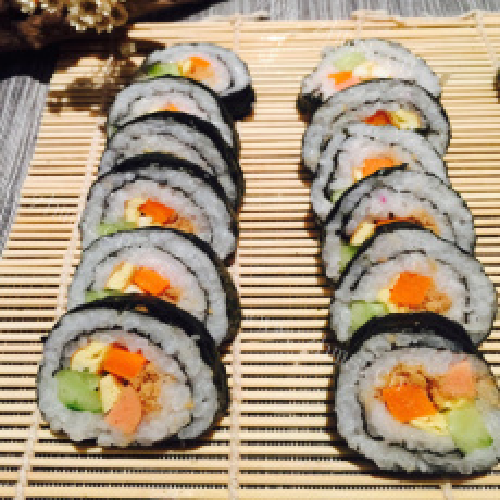 花样的美味寿司卷