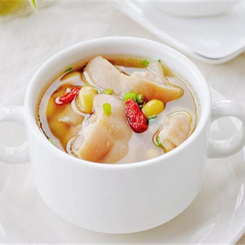 家常菜猪蹄汤