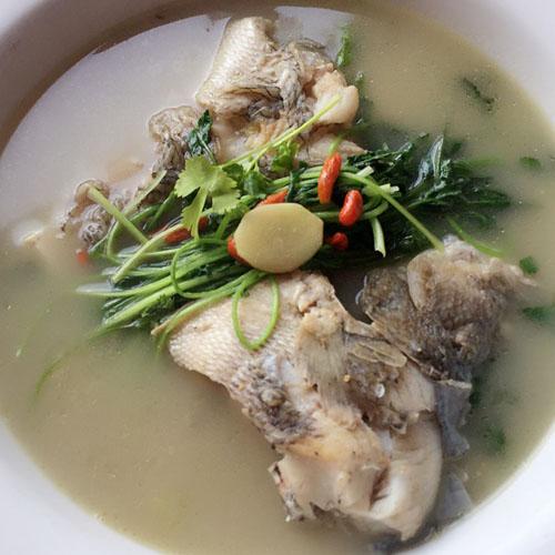 营养的鲈鱼汤