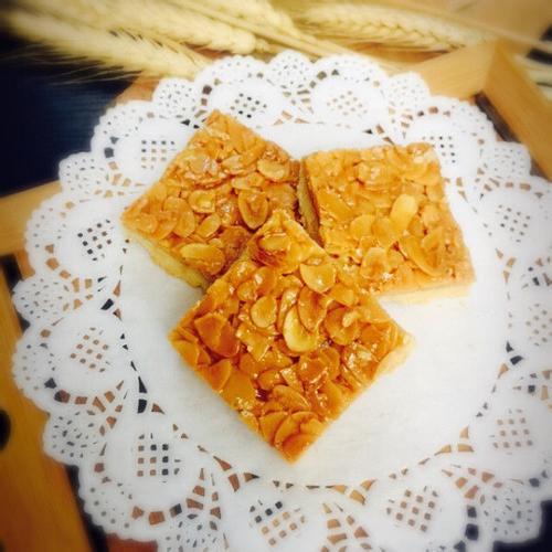 杏仁脆饼:脆,脆,脆