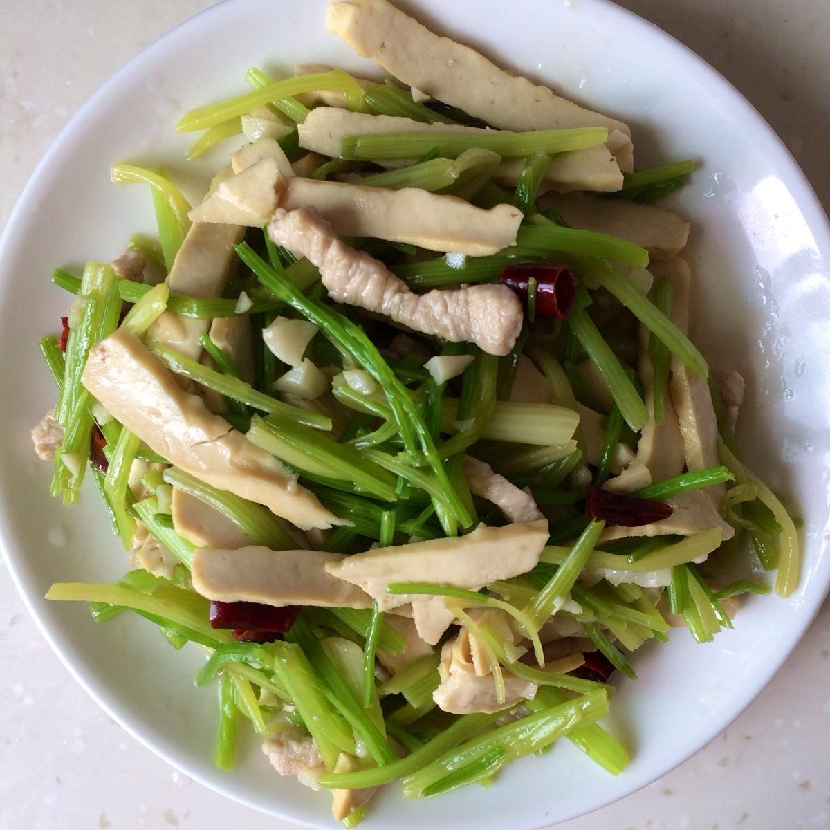 美味的香干芹菜
