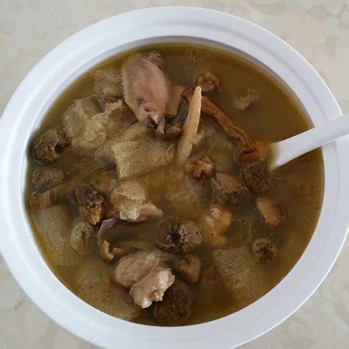 营养的凤尾菇汤的做法