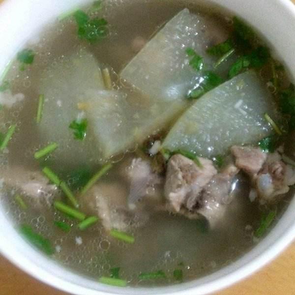 清热解毒绿豆冬瓜排骨汤