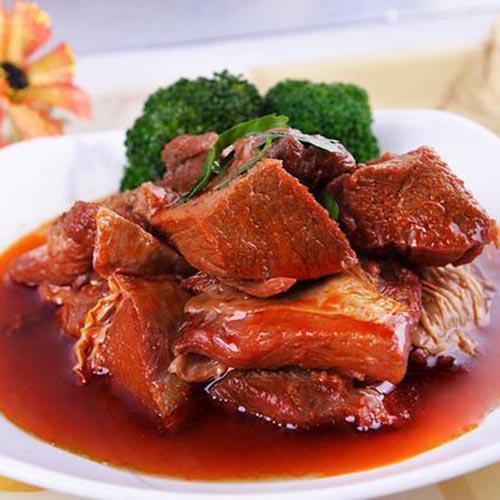 常吃不腻的红烧牛肉