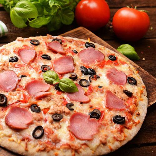 好吃的培根比萨