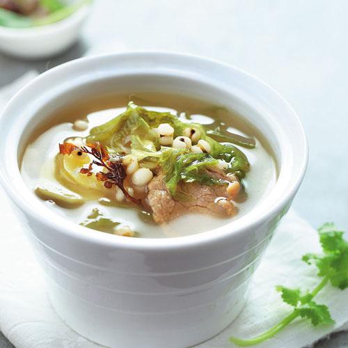 膨鱼鳃菜干瘦肉汤
