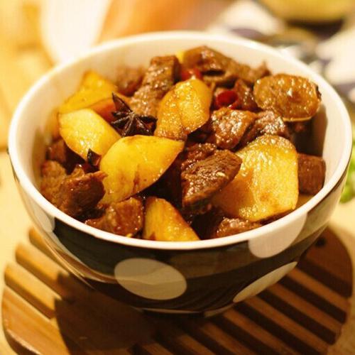 牛肉炖土豆(首发)