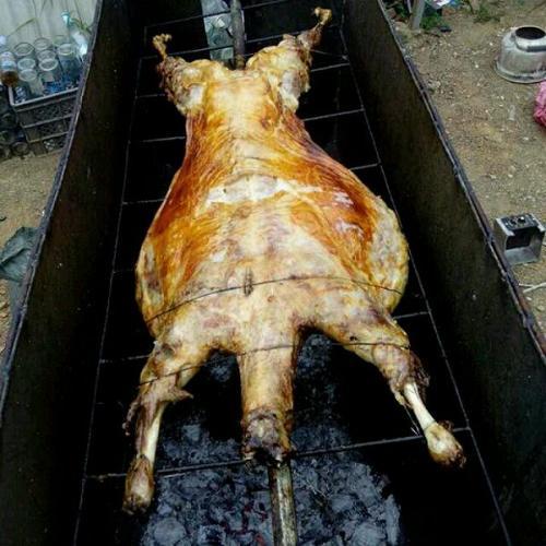 美味烤全羊
