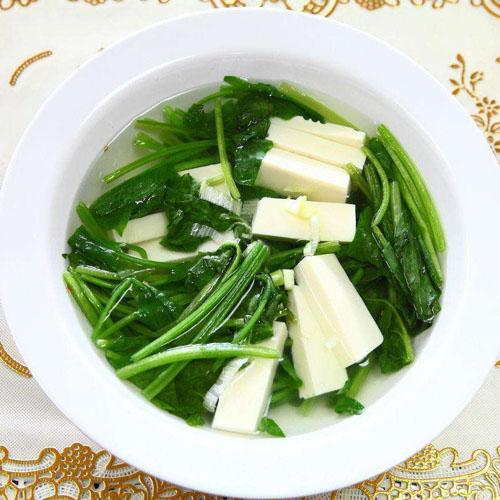 美味的菠菜豆腐