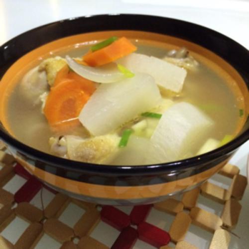 苹果红萝卜鸡汤