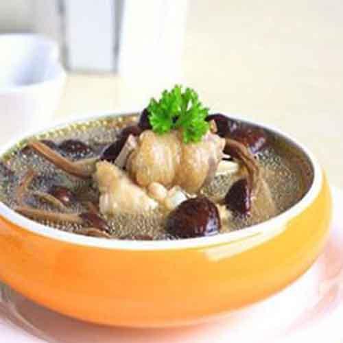 好喝的凤尾菇汤的做法