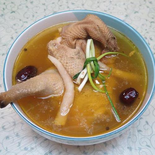 滋补药膳鸡汤