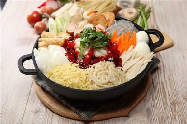 星米年糕火锅加盟优势
