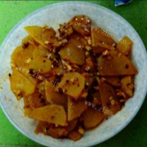 四溢的酸辣土豆片