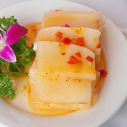 酸辣的韩国萝卜泡菜