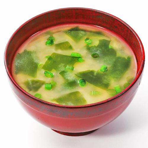 咸香的味增汤