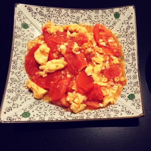 健康美食番茄炒蛋的做法