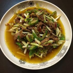 美美厨房之韭黄炒肉