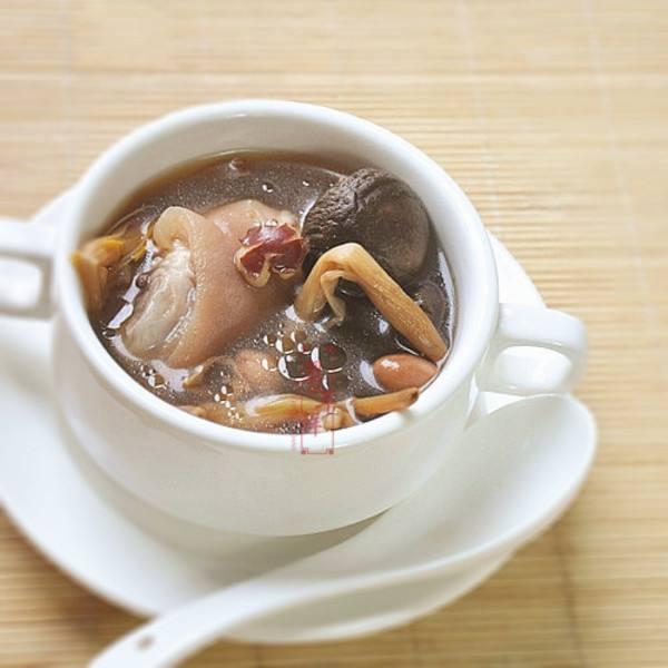 美味的养生汤