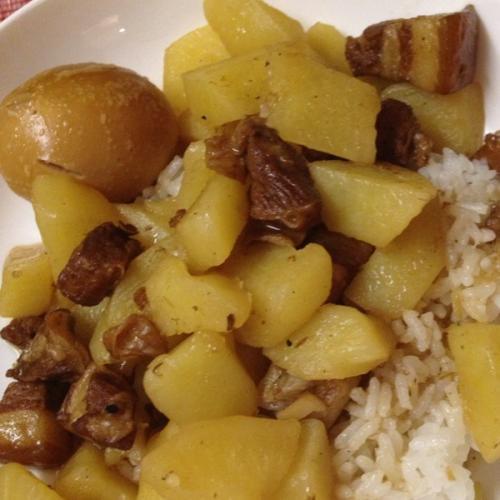 红烧肉炖土豆(家庭版)