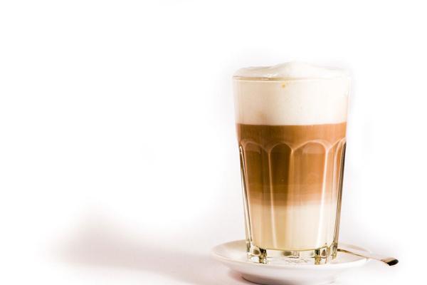 奶茶店一天能卖200杯吗