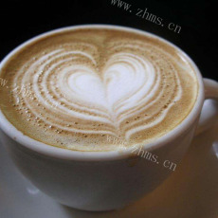 香浓的卡布奇诺咖啡