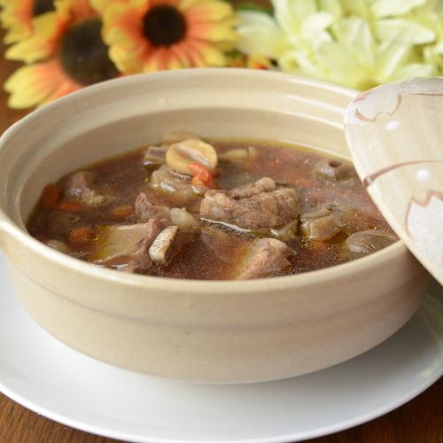 家常菜萝卜排骨汤