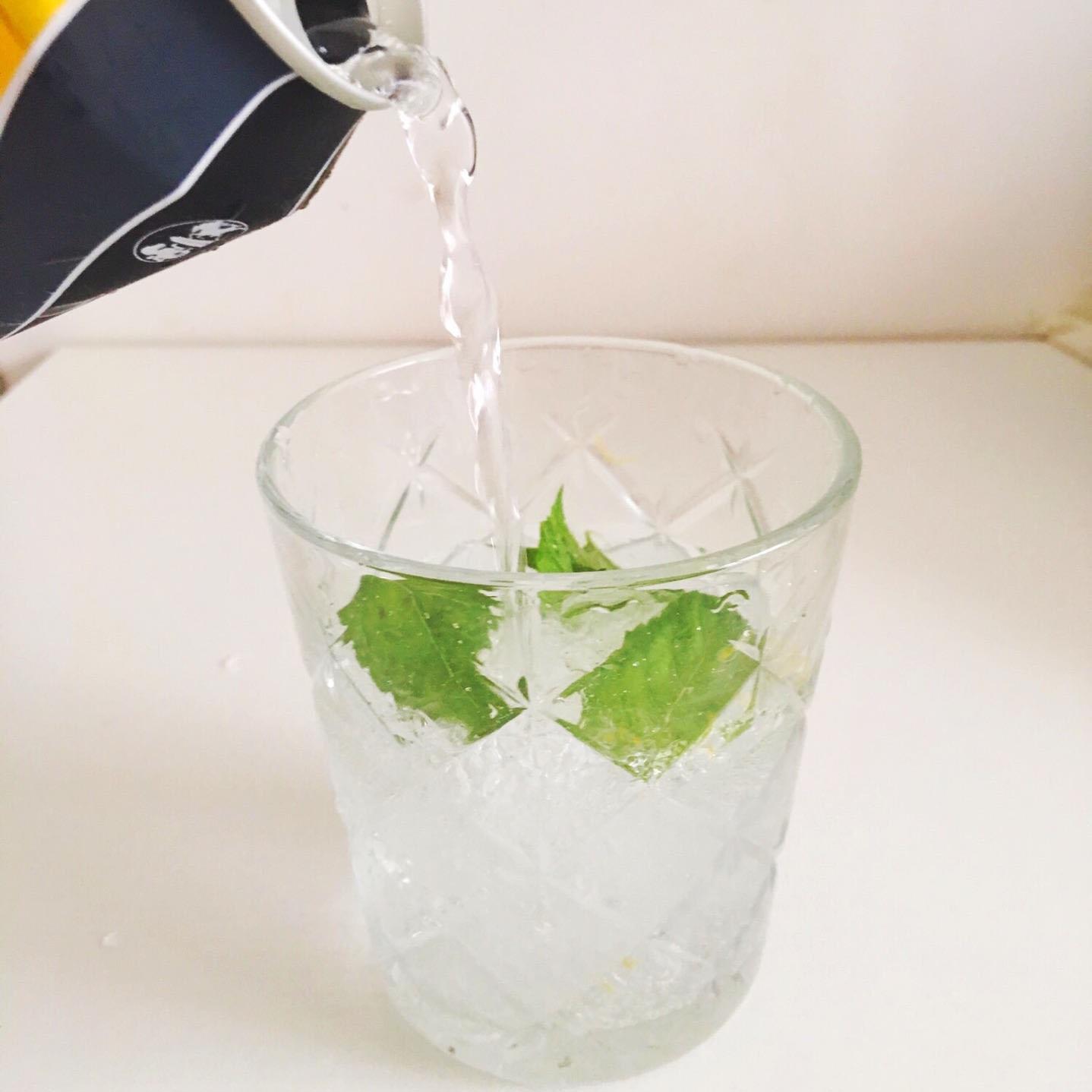 有益的苏打水