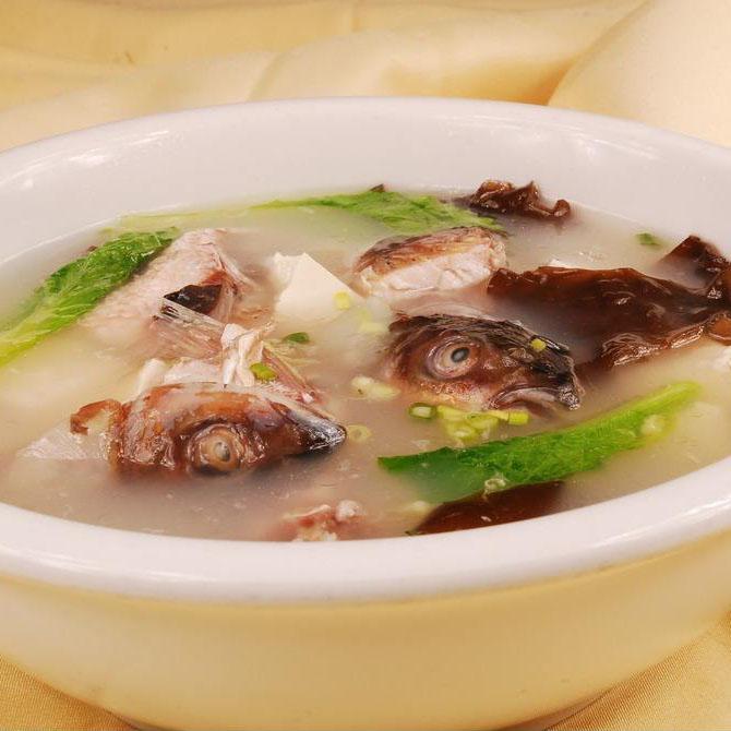 营养海蛎子豆腐汤
