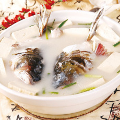 鲜香美味鱼头炖豆腐