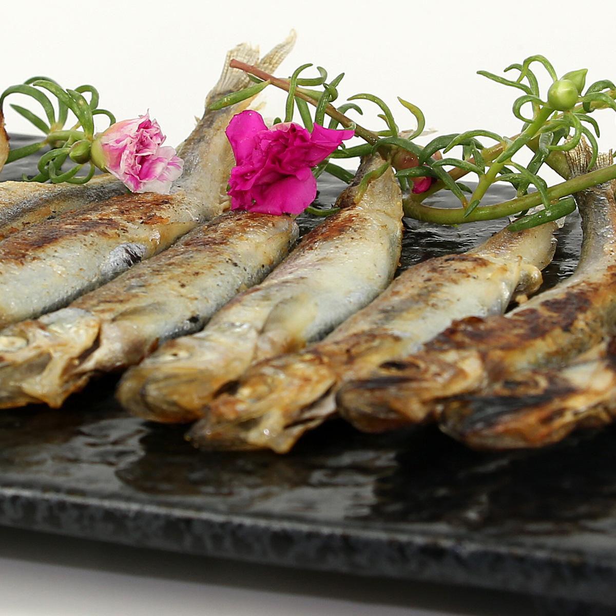 营养的多春鱼