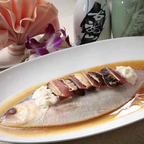 嫩滑的清蒸鲥鱼