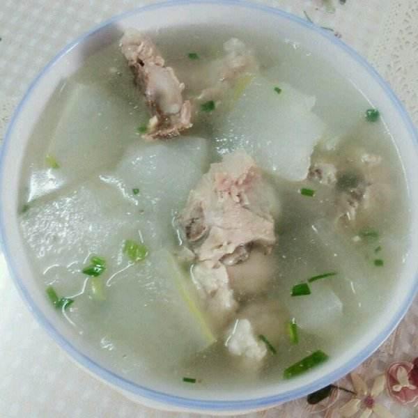 鲜美绿豆冬瓜排骨汤