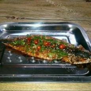 美味的孜然秋刀鱼