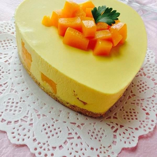 松软的芒果流心芝士蛋糕