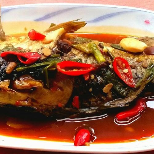 鲜嫩的芙蓉鲫鱼
